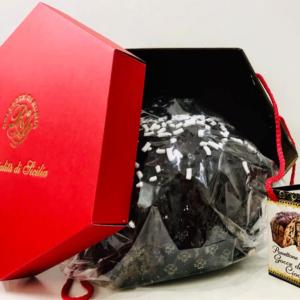 panettone artigianale con goccie di cioccolato Dolcezze di Rumia